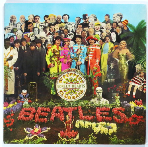 BEATLES 1967 Sgt. Pepper's Lonely Hearts Club Band